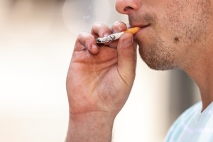 FDA Wants to Lower Nicotine in Cigarettes - Carlos Gamino